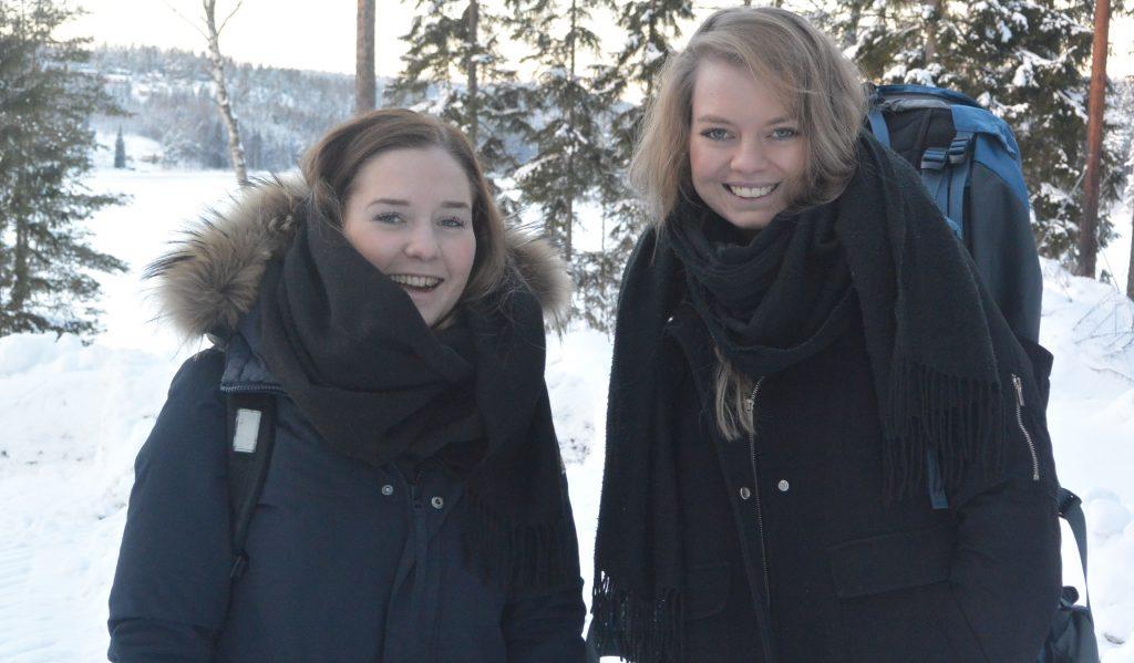 Jentene bestemte seg tidlig for å dra på tur. De var godt igang med forberedelsene allerede her i januar.